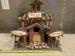 Eastwind Gifts 35146 Finch Valley Winery - Wood Bird House